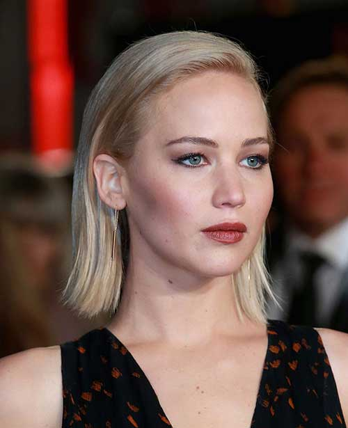 Short-Blonde-Hair-Style-Celebrities